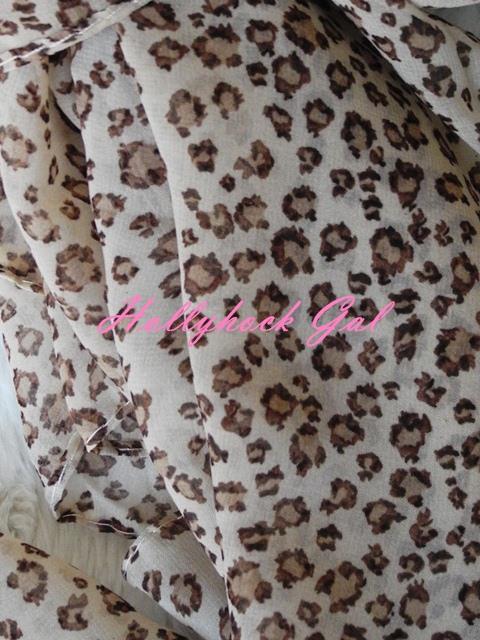 ผ้าพันคอ ชีฟอง  Silk chiffon ลายเสือ